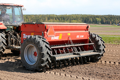 Tume HKL Seed Drill